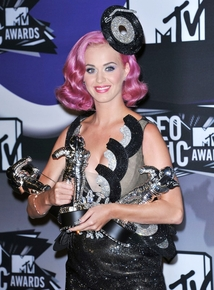 MTV VMAs 2011... Katy Perry, the night's biggest winner
