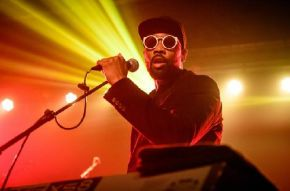 RZA performing at Postbahnhof on Nov. 14, 2016 in Berlin, Germany, photo credit: Stefan Hoederath/Re