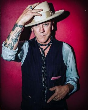 675226767330 Kiefer Sutherland releases new video   announces UK   Ireland tour ...
