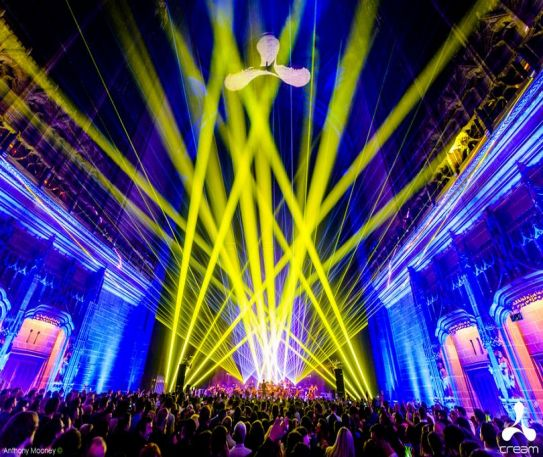 Cream Classical Live at the Liverpool Cathedral in celebration of Cream's 25th Anniversary