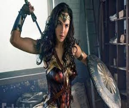 Top 5 women DC characters of all time