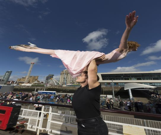 Dirty Dancing's Baby and Johnny perform the famous lift on board the Mersey Ferry