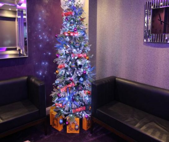 Suites Hotel & Spa gives the gift of Christmas