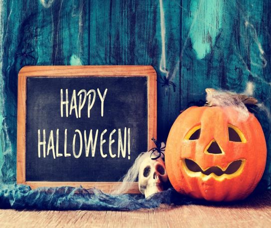 5 Tips for Planning the Perfect Halloween Bash