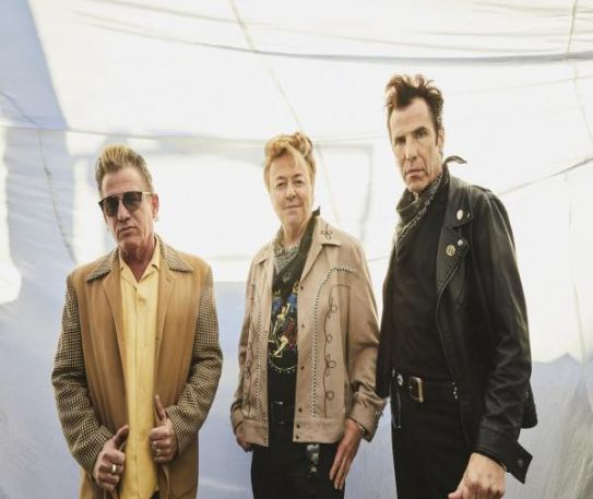 The Stray Cats announce first album in 26 years along with 40th anniversary tour