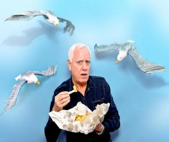 Comedian Dave Spikey returns to Parr Hall to share