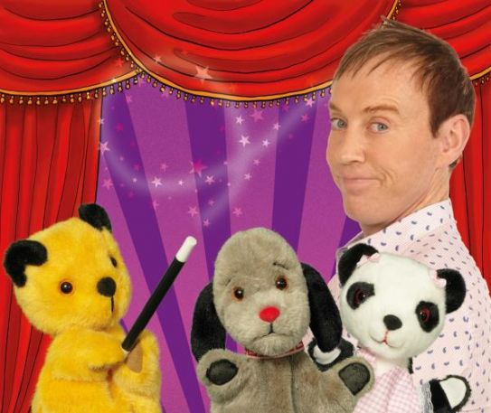 Nations favourite TV bear Sooty is bringing friends to Warrington