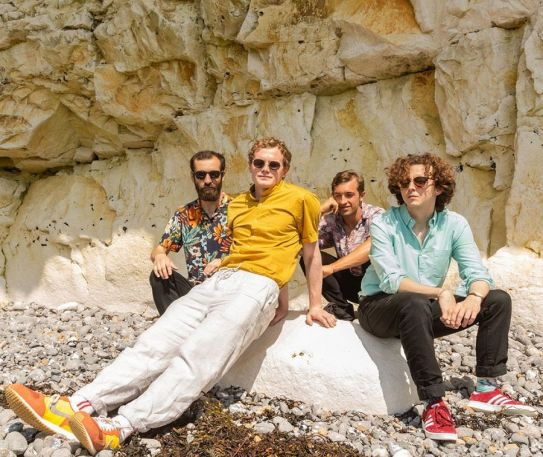 Brighton dreamers Nature TV announce signing to Heist or Hit and share EP lead single 'She Wants To See You Cry'