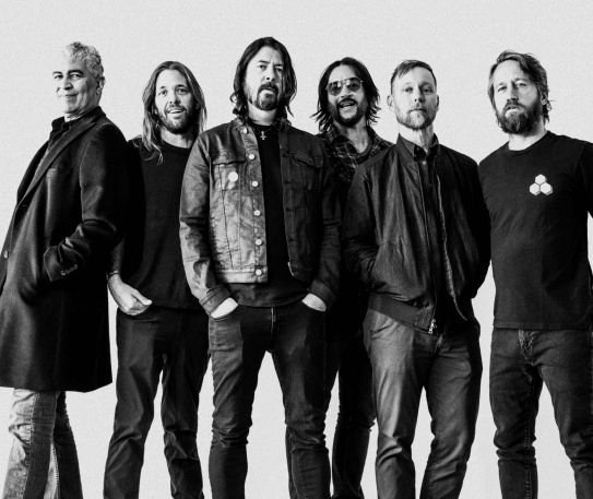 Foo Fighters 25th Anniversary Celebrations Begin - The 2020 Van Tour!