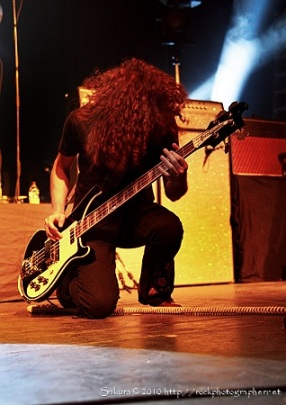 Ian Peres/Wolfmother