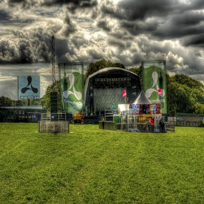 Creamfields the calm before the storm (pic Si Barrow/Purple Revolver)