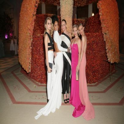 Met Gala 2014 White Tie And Decorations Picture Gallery Purple
